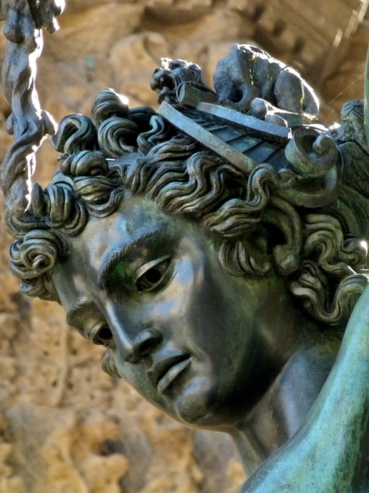 Cellini Perseus 3