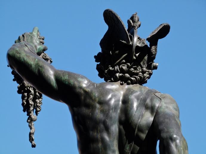 Cellini Perseus 4
