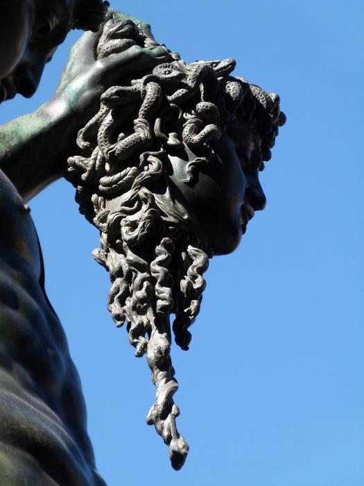 Cellini Perseus 6