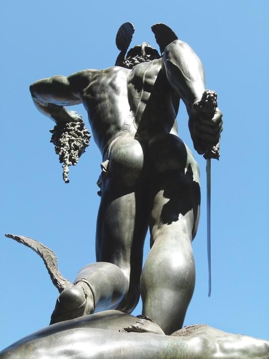 Cellini Perseus 7