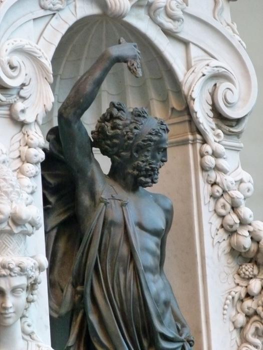 Cellini's Perseus & Medusa Jupiter 4