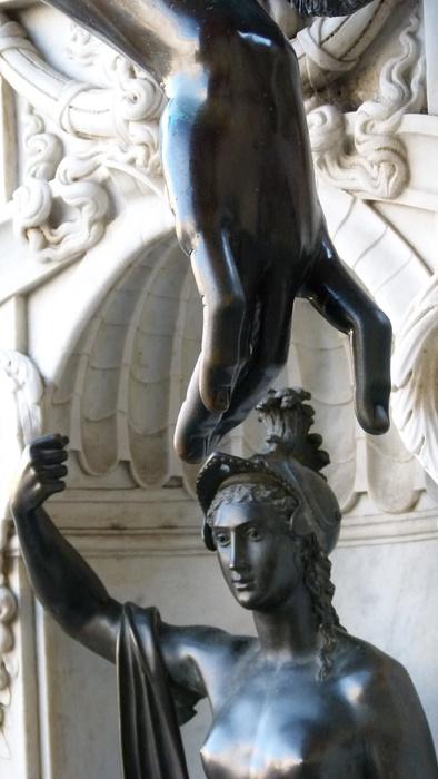 Cellini's Perseus & Medusa Minerva 2