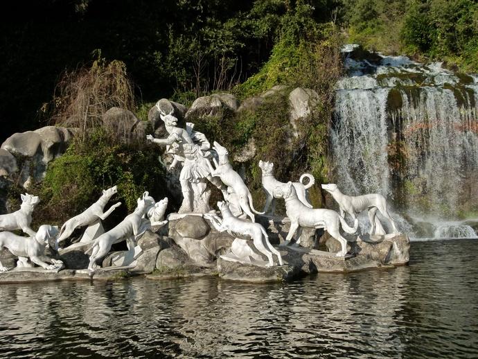 Diana & Actaeon by Luigi Vanvitelli Parco la Reggia di Caserta 4