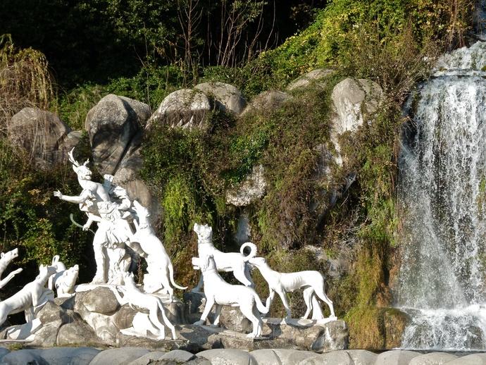 Diana & Actaeon by Luigi Vanvitelli Parco la Reggia di Caserta 8