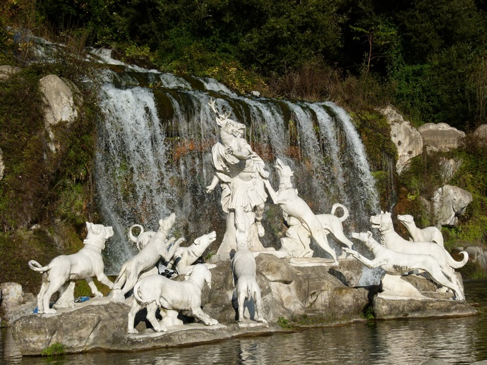 Diana & Actaeon by Luigi Vanvitelli Parco la Reggia di Caserta 9