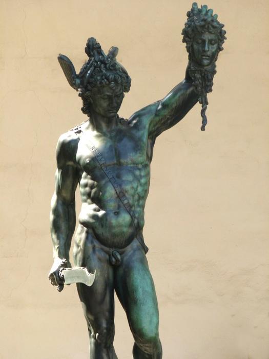 Perseus Benvenuto Cellini 12