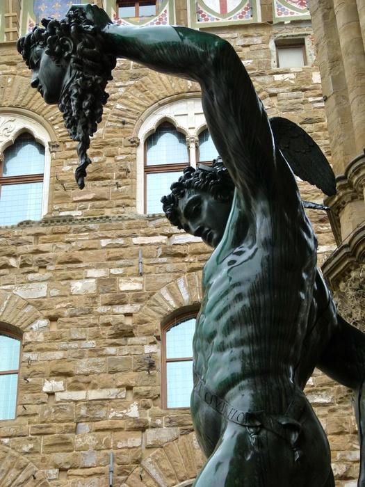 Perseus & Head of Medusa Wet