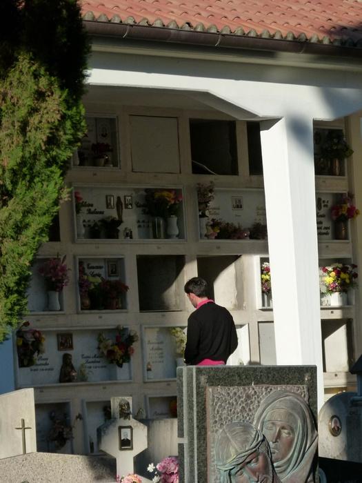 Sperlonga Cimitero 1 ° Maggio 2011