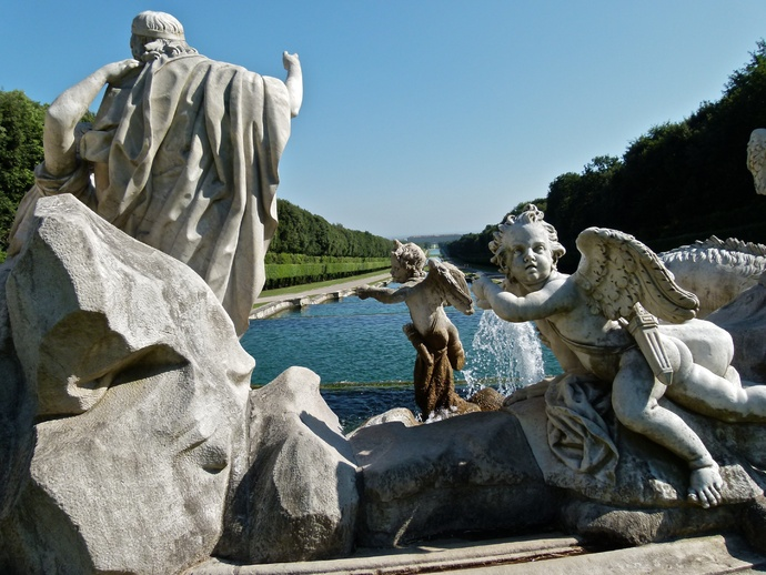 Venus And Adonis Statue The Fountain of...