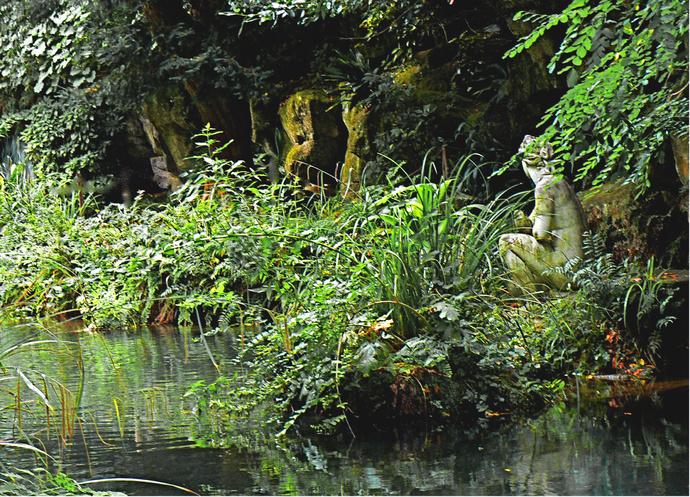 Venus Bathing Giardino Inglese