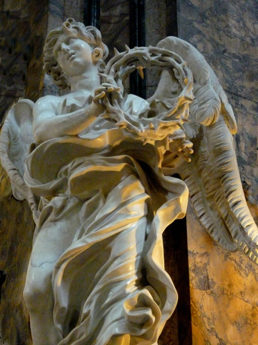Angel with the Crown of Thorns (bernini) 02