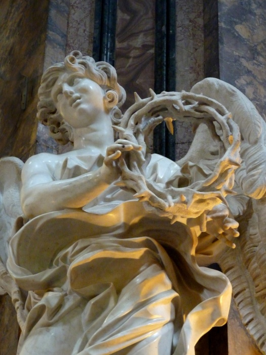 Angel with the Crown of Thorns (bernini) 05