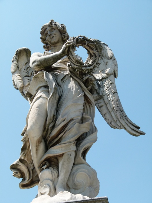 Angel with the Crown of Thorns (bernini and Son Paolo) 2
