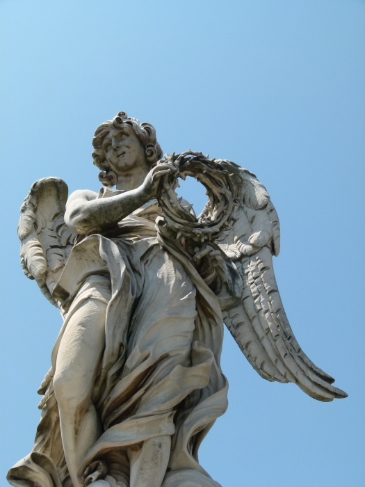 Angel with the Crown of Thorns (bernini and Son Paolo) 3