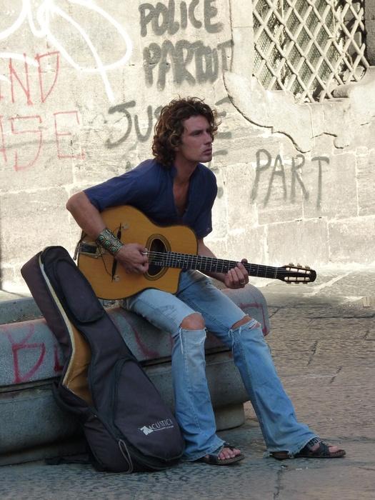 Guitarist San Domenico Maggiore 4