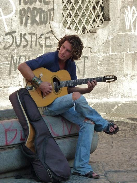 Guitarist San Domenico Maggiore