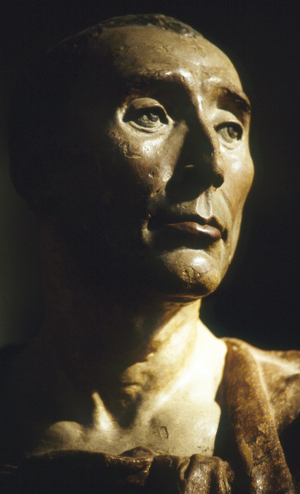 Bust of Niccolò da Uzzano by Donatello 2