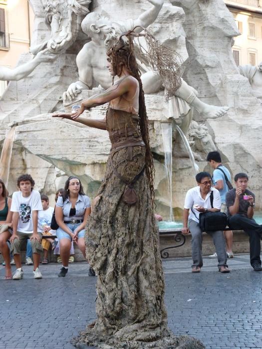 Daphne Piazza Navona 11
