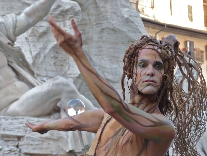 Daphne Piazza Navona 4