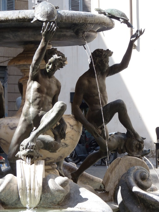 Fontana Delle Tatarughe 23