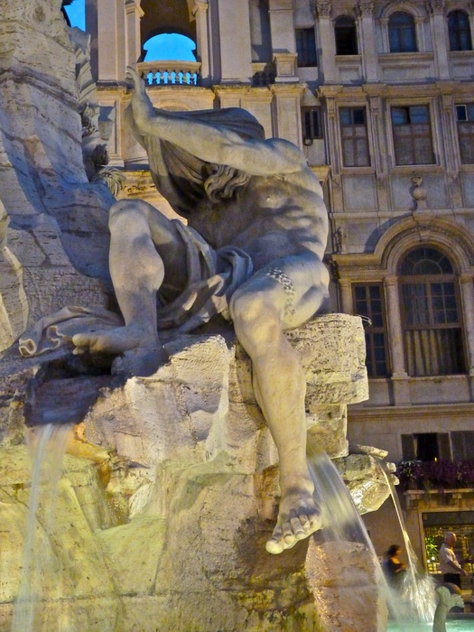 Fountain of the Four Rivers Bernini Notte 2