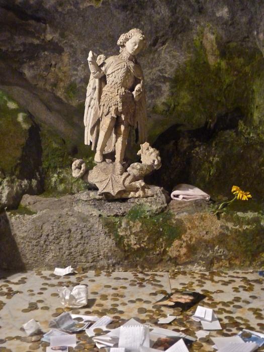 Monte Sant\\\'angelo 11