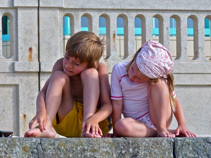 Plage du Sillon Climbing the Wall 2