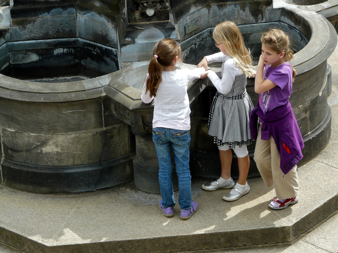 Playtime Aachen Cathedral School 2