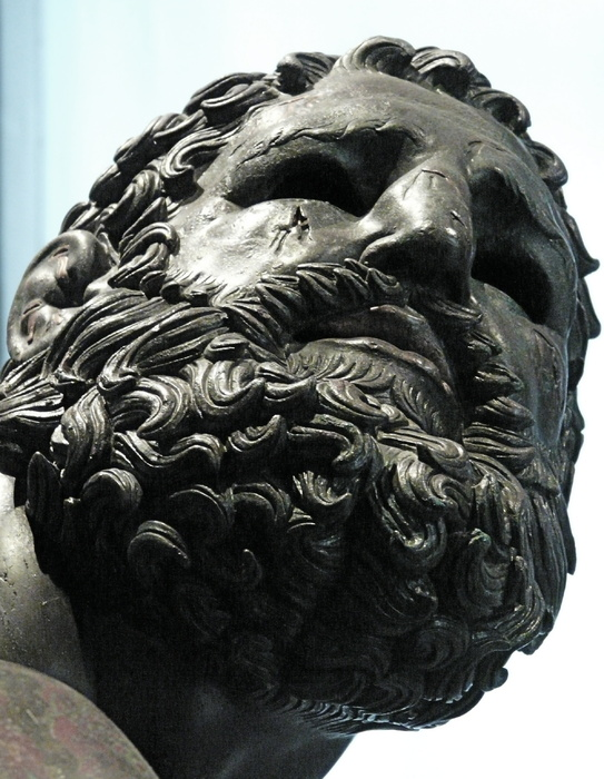 The Bronze Boxer of Quirinal 3