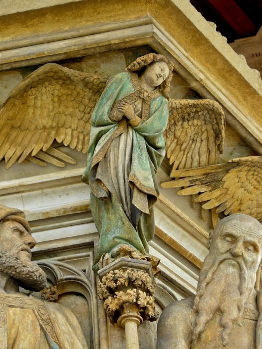 Angel Between Daniel & Isaiah