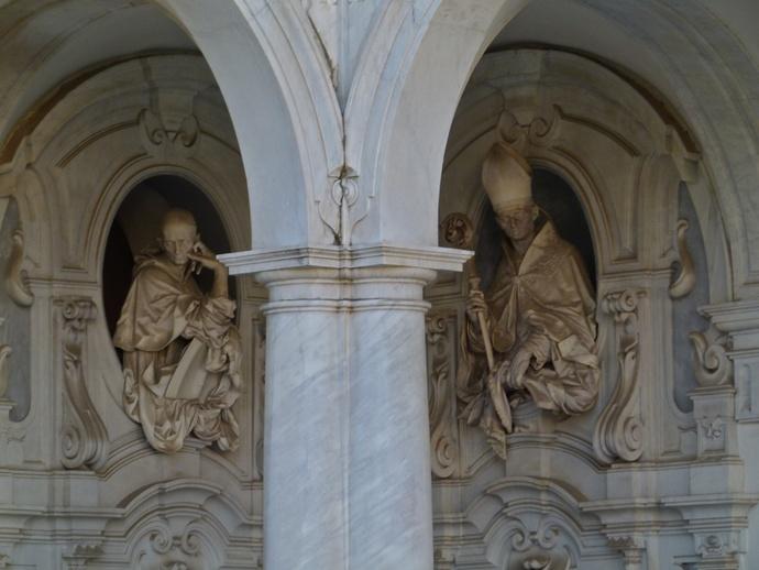 Beato Nicola Albergati e Sant'ugo Cosimo Fanzago South West Corner