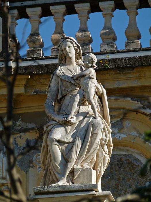 Chiostro Grande Madonna 5