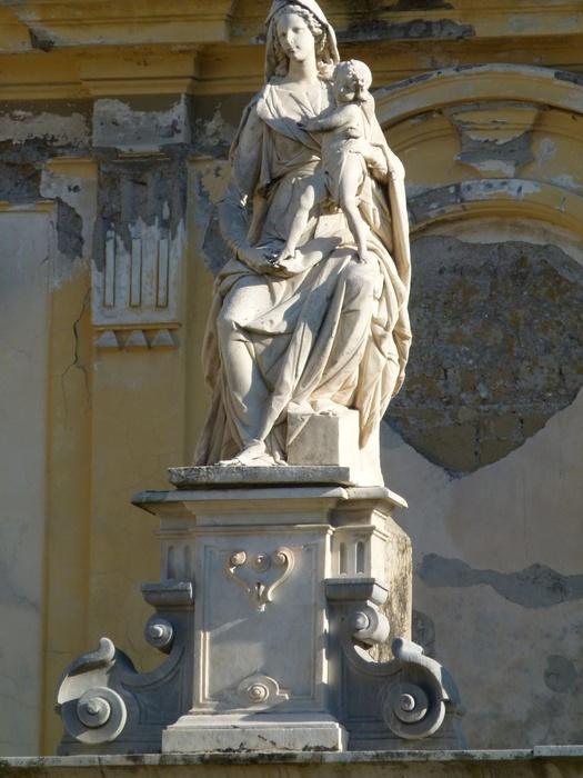 Chiostro Grande Madonna