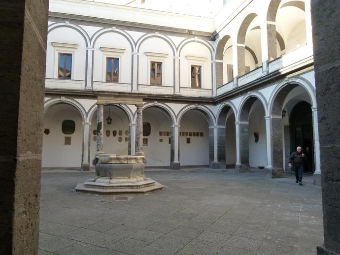 Cosimo Fanzago Chiostro Grande 15