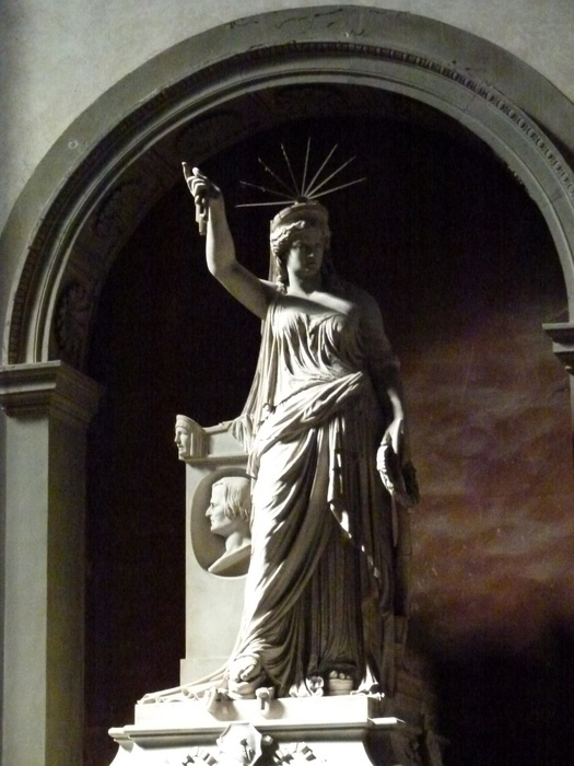 Statue of Liberty\\\'s Pretty Sister Nicolini 4