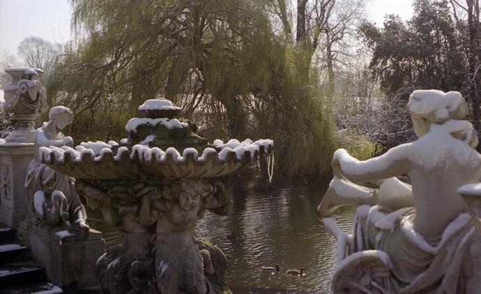 Spring Snow Italian Gardens