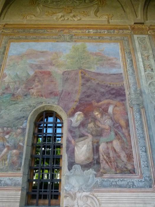 Chiostro di Santa Chiara 10