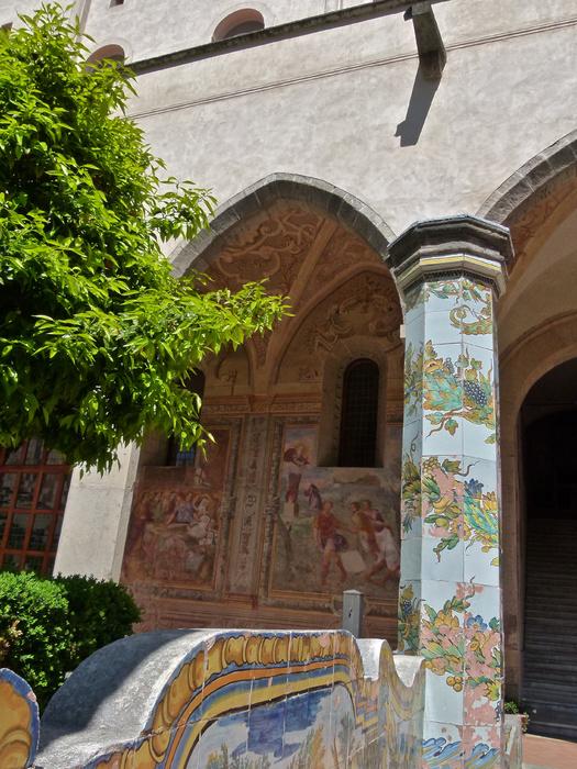 Chiostro di Santa Chiara 125