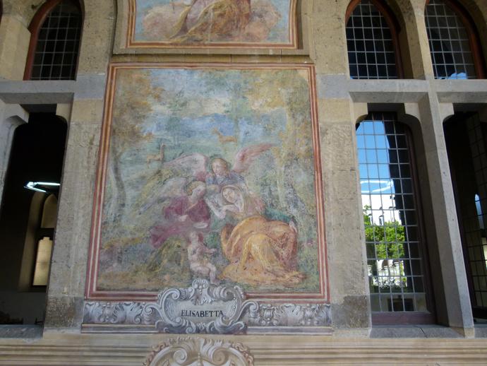 Chiostro di Santa Chiara 15