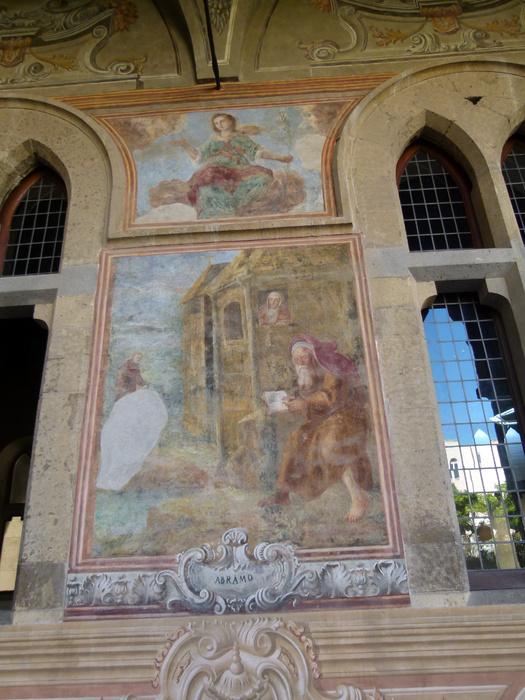 Chiostro di Santa Chiara 16