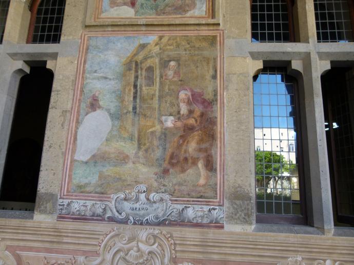 Chiostro di Santa Chiara 17