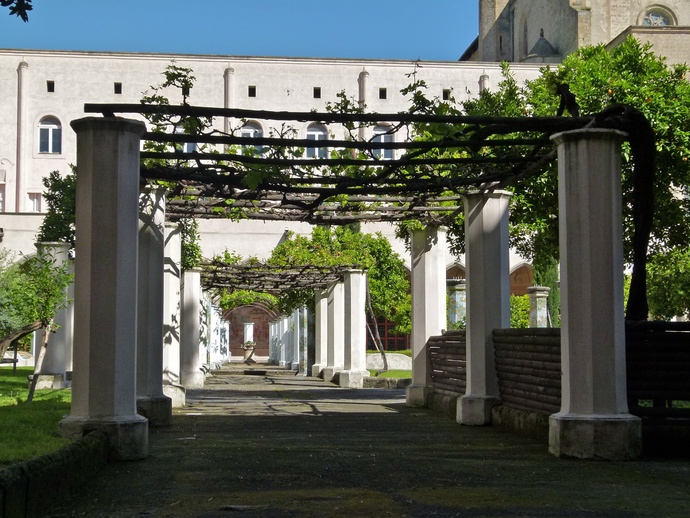Chiostro di Santa Chiara 32