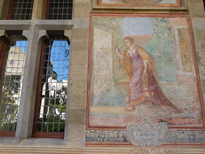 Chiostro di Santa Chiara 33