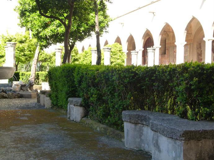 Chiostro di Santa Chiara 5