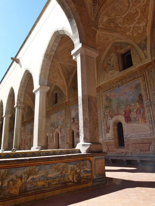 Chiostro di Santa Chiara 60
