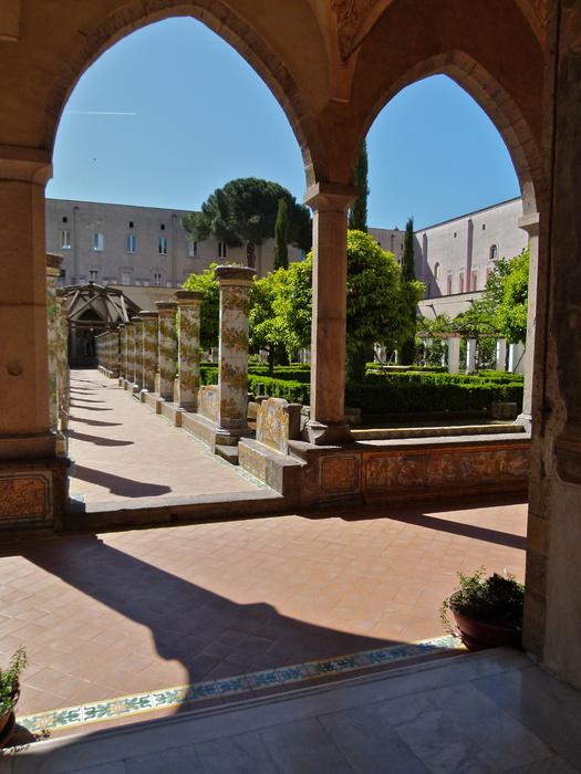 Chiostro di Santa Chiara 77