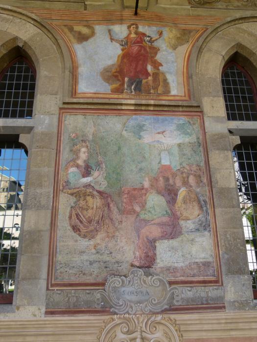 Chiostro di Santa Chiara Fresco 40