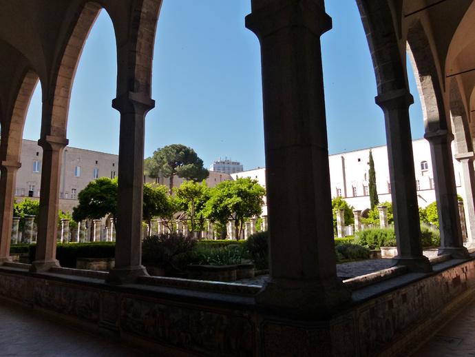 Chiostro di Santa Chiara