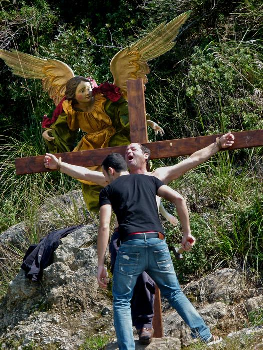 Ladro Pentito Consolato da un Angel